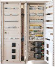 На базе Prisma Plus P, CompactNSX, Acti9, сборка АВР выполнена сприменением Zelio Logic. Schneider Electric/